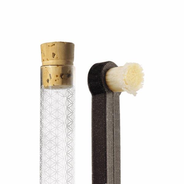rawtoothbrush přírodní kartáček a pouzdro z českého skla