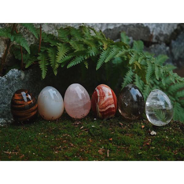yoni vajíčko křišťál, růženín, záhněda, jaspis a tygří oko